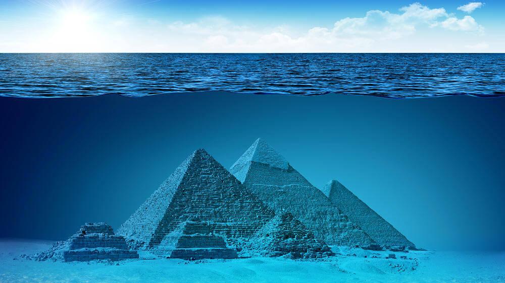 пирамиды на дне